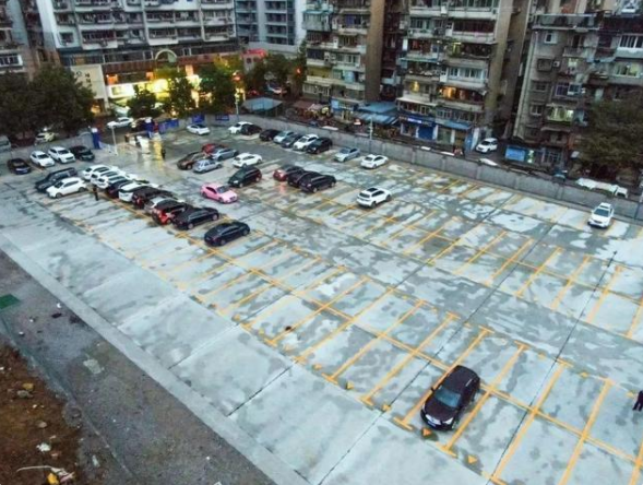 宜昌这些地方,新能源汽车可以免费停车2小时!